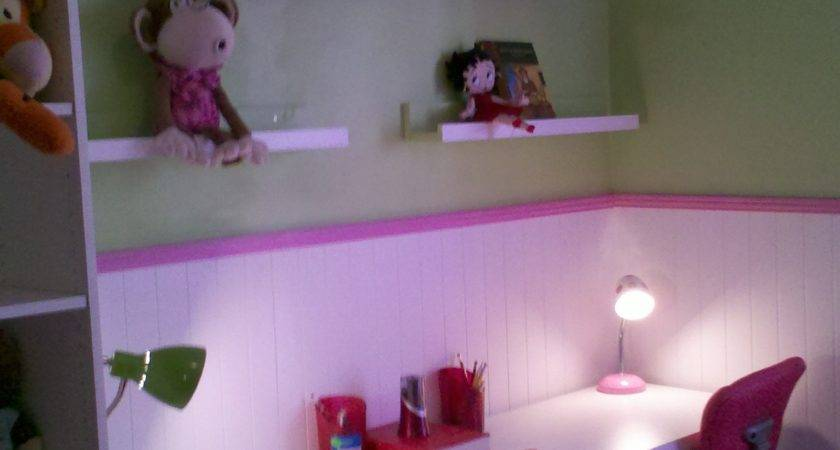 Ana White Kids Bedroom Ledge Shelving Diy Projects