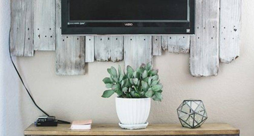 Awesome Diy Frames Your Flatscreen Architecture