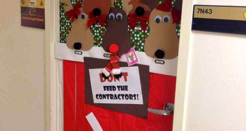 Awesome Ideas Unique Christmas Door