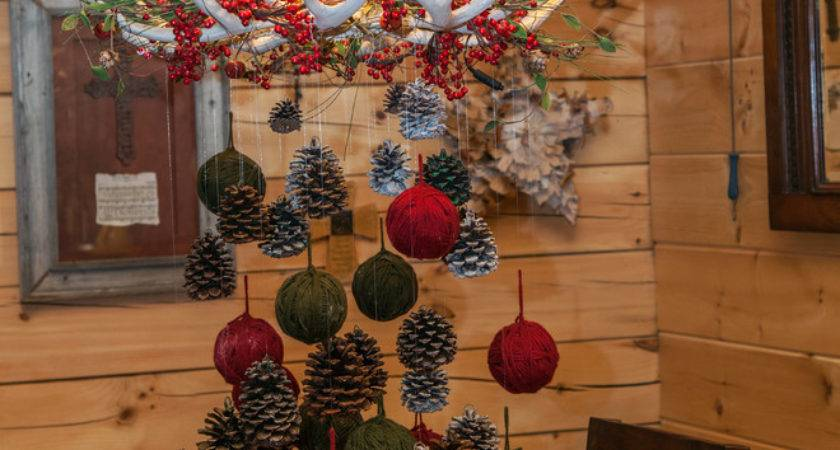 Awesome Outdoor Indoor Pinecone Decorations