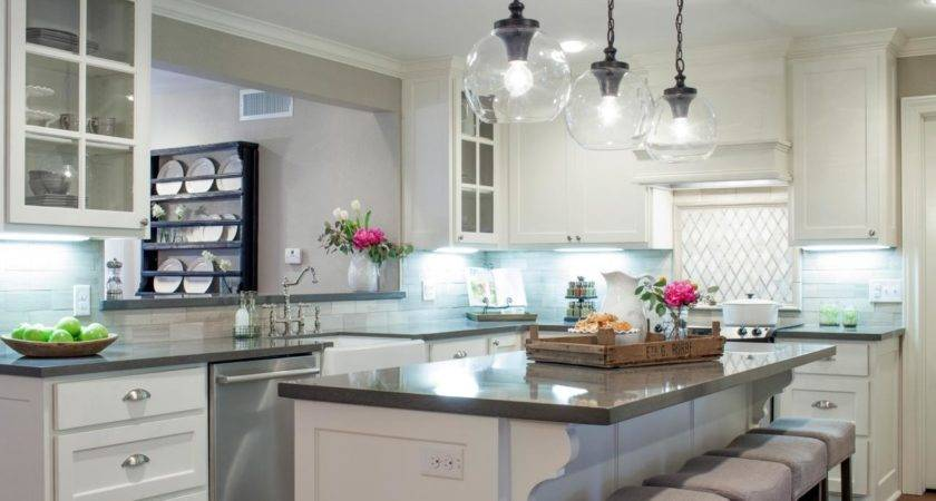 Before After Kitchen Photos Hgtv Fixer Upper
