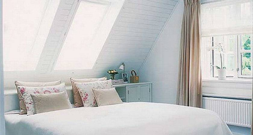 Best Paint Colors Small Spaces