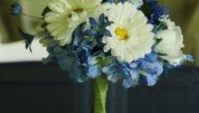 Blue White Floral Centerpieces Tradesy Weddings