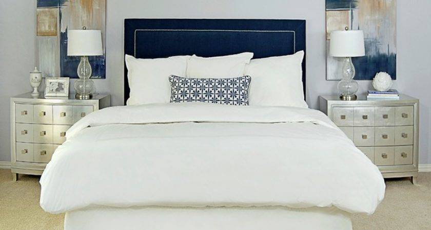 Burban Cookie Navy Tufted Bed