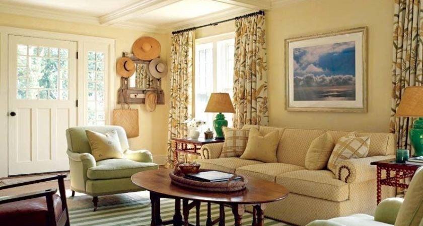 Charming Cozy Gambrel Cottage Old House