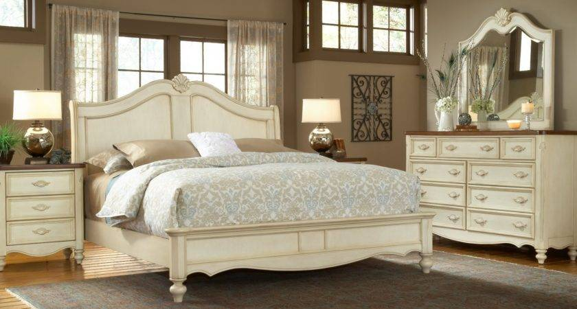 Chateau Sleigh Bedroom Set American Woodcrafters