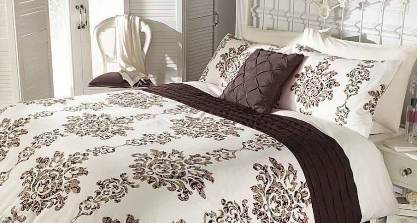 Chocolate Cream Floral Damask Pin Tuck Double King