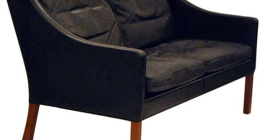 Classic Black Leather Coupe Settee Borge Mogensen