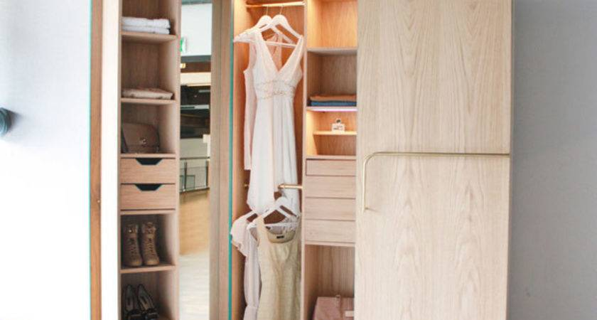 Cleverly Designed Walk Closet Showcasing Practicability