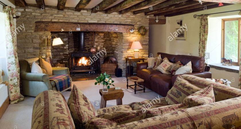 Cosy Cottage Living Room Log Burning Stove