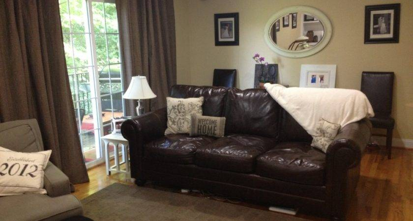 Decorating Chocolate Brown Leather Sofa Wedding Decor
