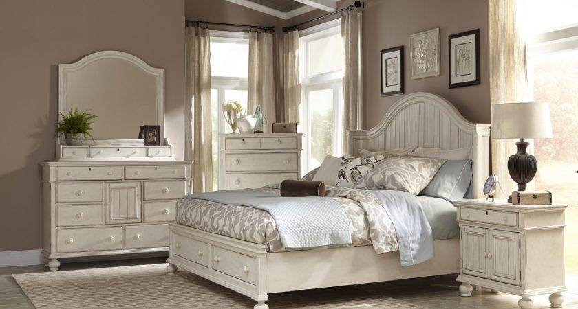 Decorating Ideas Off White Bedroom Furniture