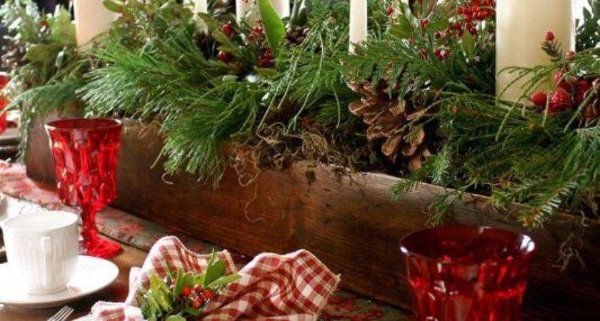 Dining Room Table Chairs Christmas Centerpieces