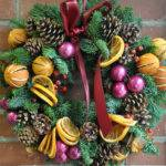 Diy Christmas Wreath Your Front Door Clicky Pix