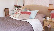 Dusky Pink Bedroom Floral Decorating