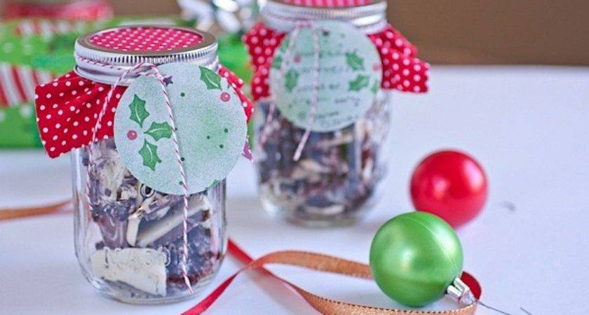 Easy Diy Holiday Mason Jar Decoration Tutorial