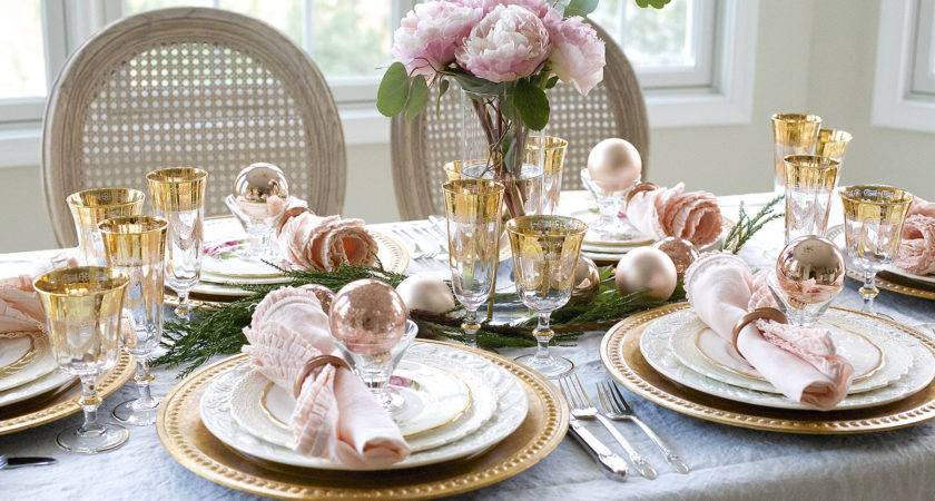 Elegant Christmas Table Setting Pink Gold