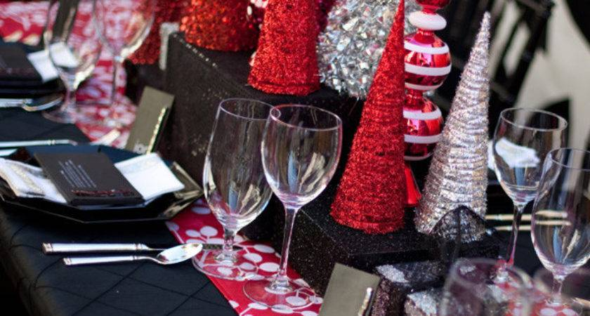 Fabulous Sparkly Modern Christmas Tablescape Lovely Events