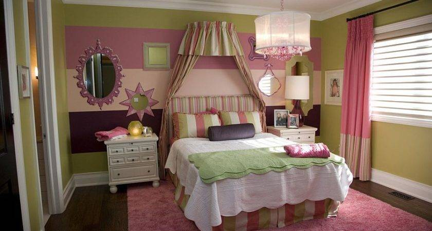 Fashionable Bedrooms Striped Accent Walls Best