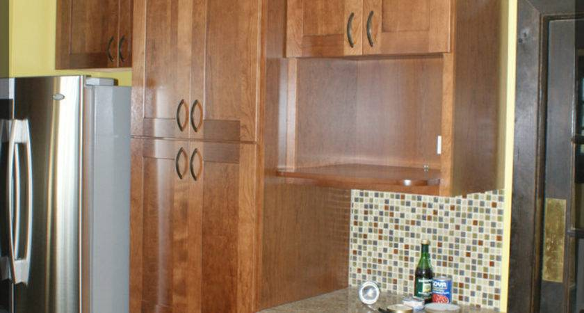 Floor Ceiling Wood Kitchen Cabinets Traditional