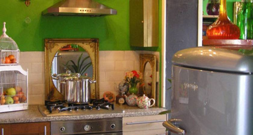 Funky Small Kitchen Green Wall