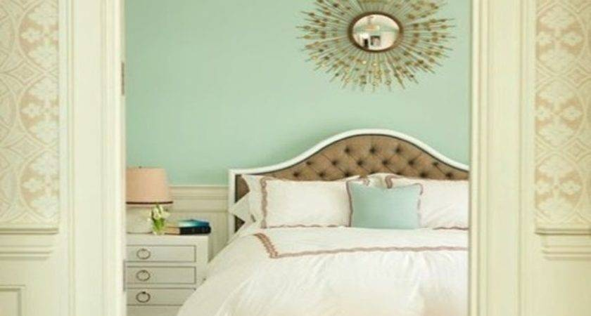 Gold Green Bedroom Gray Grasscloth