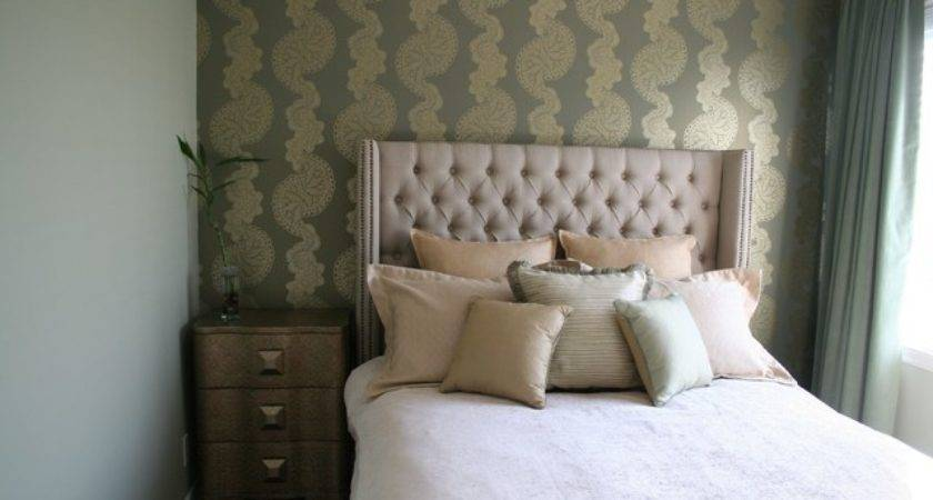 Guest Bedroom Green Gold