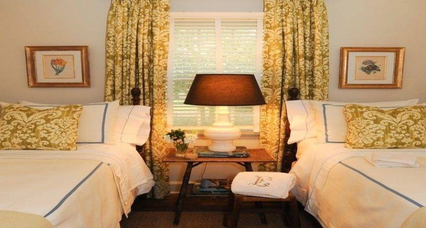 Guest Room Decorating Small Design