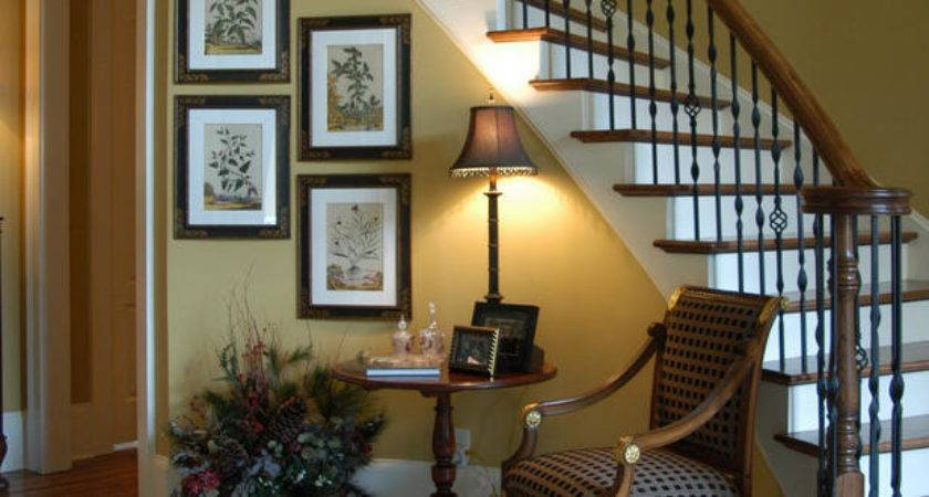 Inviting Foyer Curving Staircase Hgtv