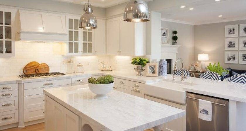 Kitchen Peninsula Opens Room Transitional