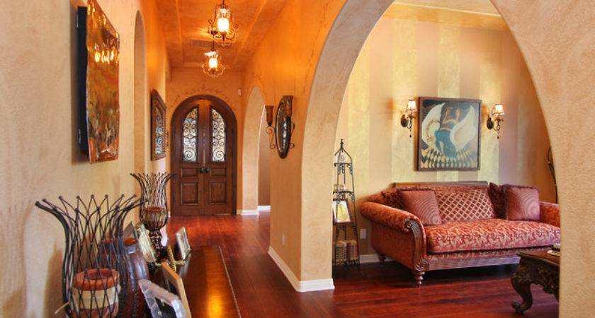 Leahy Interior Design Eclectic Hall San Diego