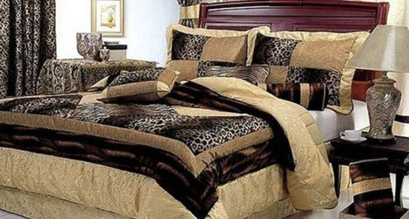 Lifestyle Blog Animal Print Interior Warm Cosy