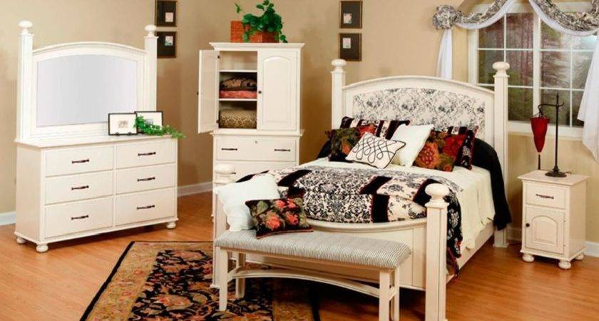 Madeline French Country White Nightstand Countryside