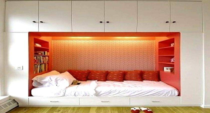 Master Bedroom Designs Small Space
