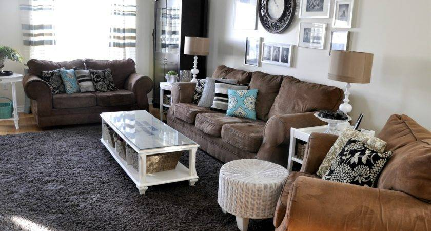 Neutral Living with Pops of Color. Bring life to a neutral ...