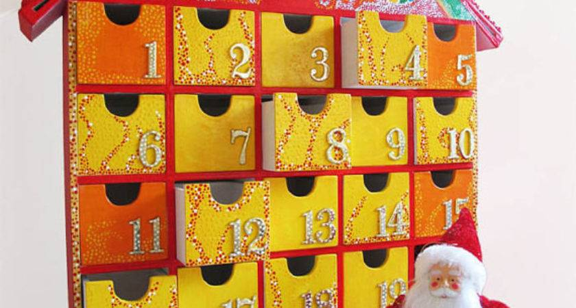 New Musical Wooden Advent Calendar Painted Tune Let