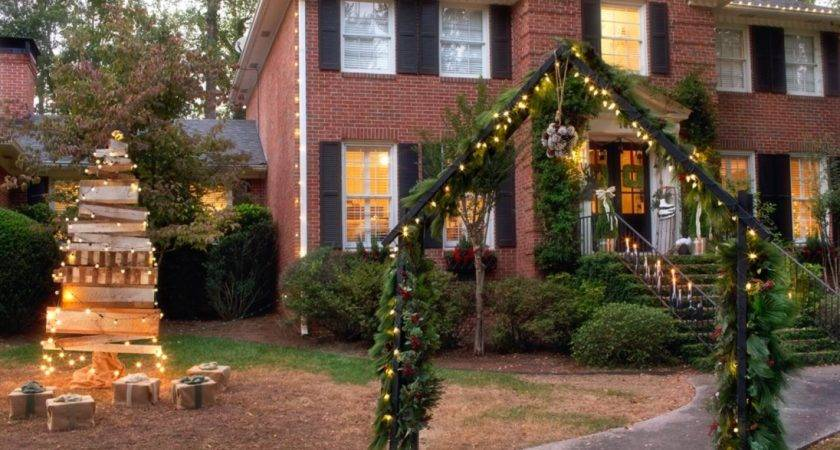 Outdoor Home Christmas Decorations Traditional