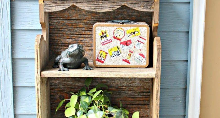 Outdoor Vintage Junk Decor Organized Clutter