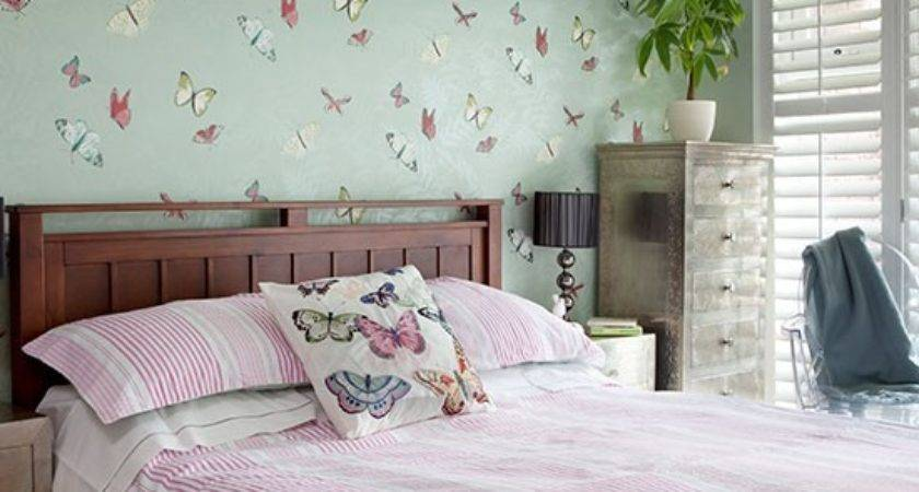 Pale Green Pink Bedroom Decorating