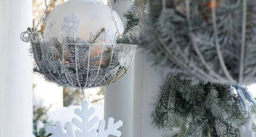 Photograph Easy Cheap Outdoor Christmas Decorating