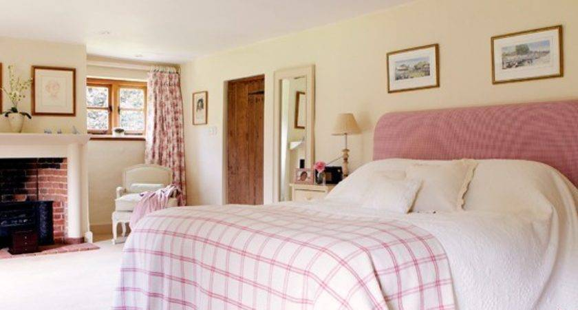 Pink Traditional Bedroom Country Decorating Ideas