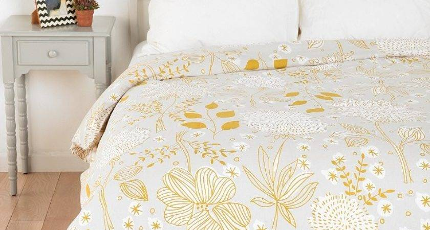 Plum Bow Sketch Floral Duvet Cover Urban Outfitters