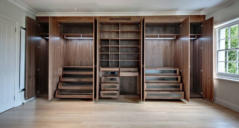 Plushemisphere Stylish Built Wardrobe Designs