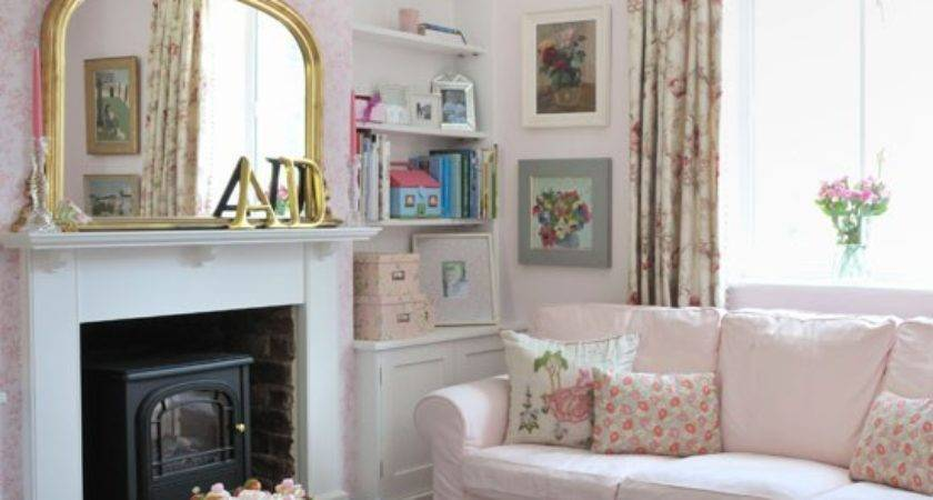 Pretty Pink Country Living Room Decorating