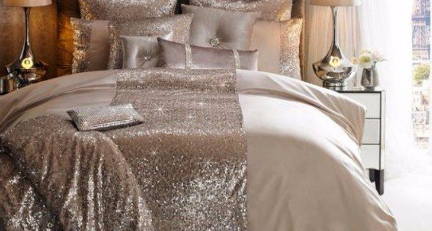 Produce Sparkling Style Look Your Bedroom