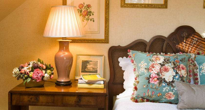 Retro Small Bedroom Ideas Woman Old Style