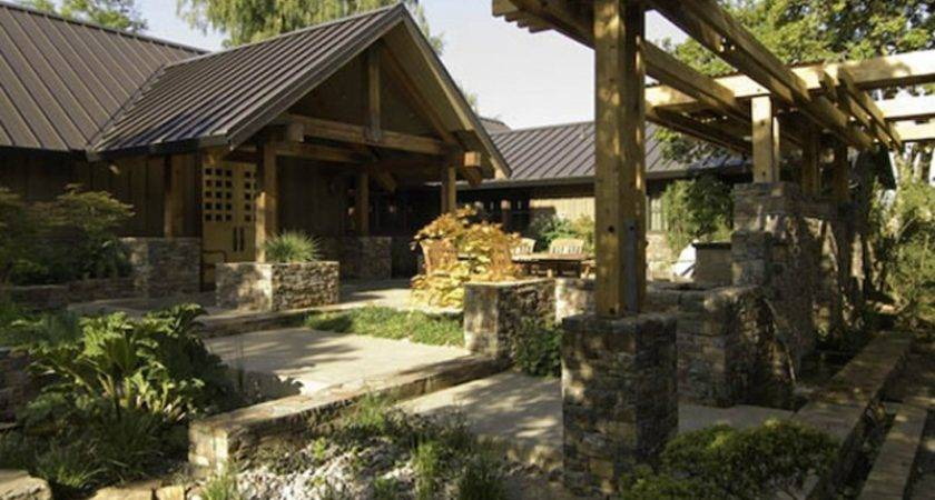 Rustic Cabin Style House Stone Decoration
