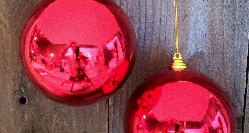 Shiny Red Christmas Ball Plastic Outdoor Ornaments