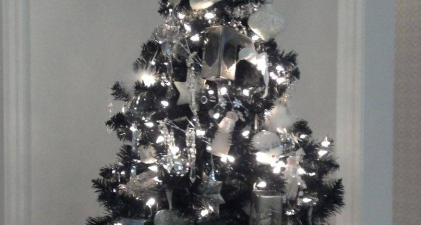 Simple Christmas Tree Decoration Silver White