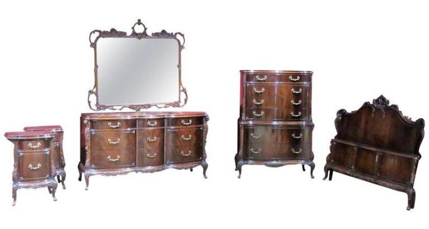 Six Pieces Louis Style Mahogany Bedroom Set Sale